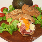 Aprikosenkernmehl Sandwichbrötchen ( Low Carb / Keto )