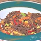 Soba-Nudel-Salat mit Sojadressing